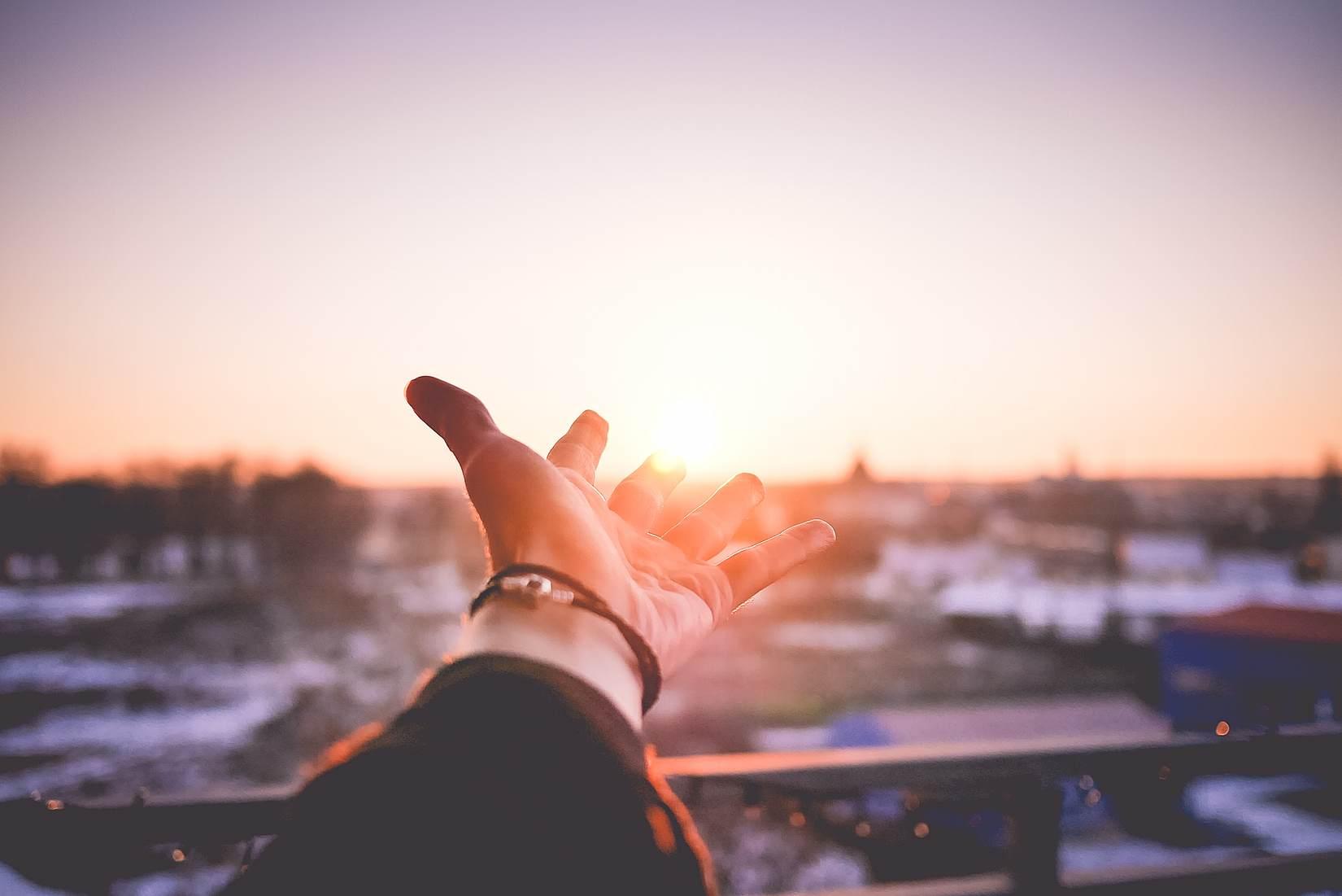 映画ラ・ラ・ランド『Another Day of Sun』の歌詞や意味―困難を乗り越えて、また朝は来るから!